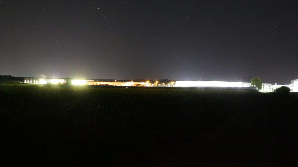 Lichtverschmutzung im Gewerbegebiet Etzberg in Röthlein